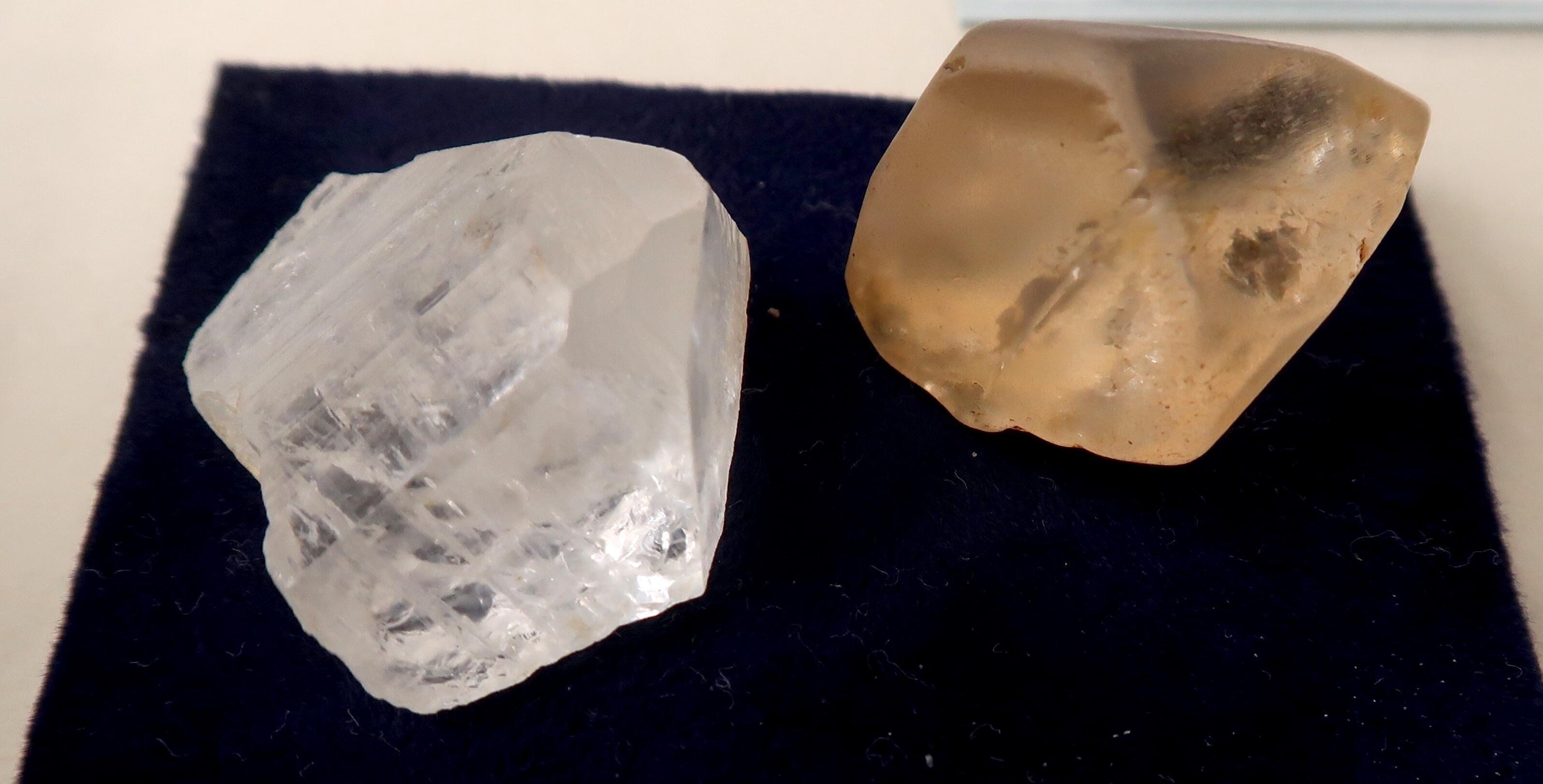 地域の人びとによる展示「元彦根藩士 杉村次郎 金石の旅 - 近代鉱業家・鉱物 研究家の魁 -」